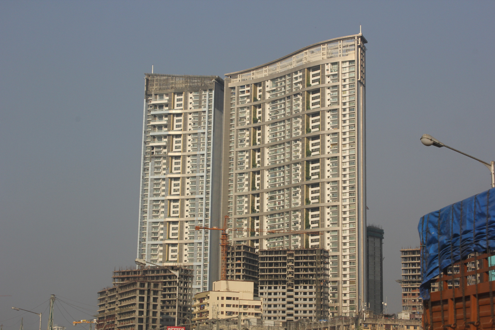 4 BHK APT FOR SALE IN LODHA BELLISSIMO